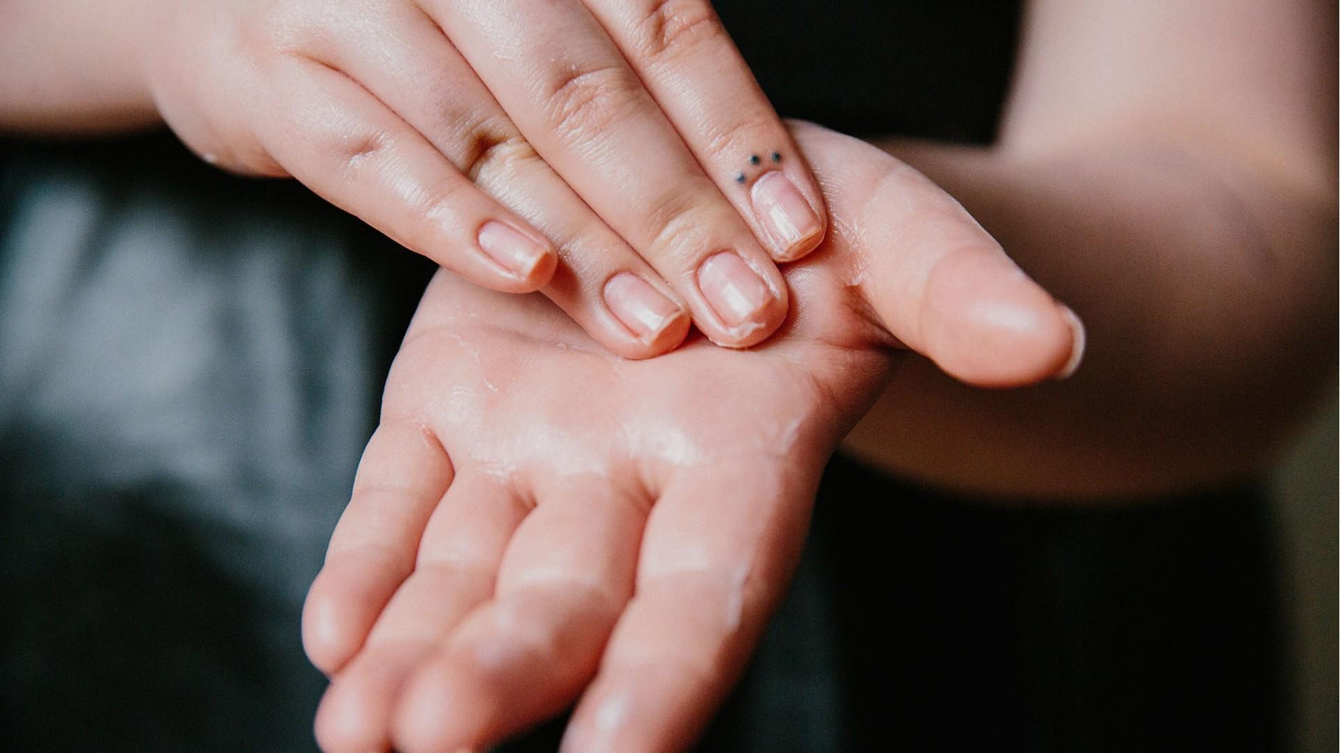 Η φροντίδα των χεριών σας